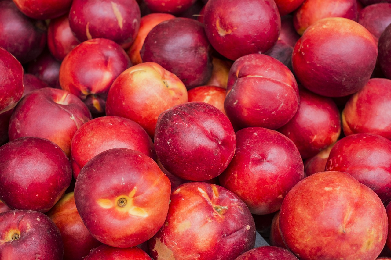 Important Things To Know About Nectarine - A to Z Fruit & Veg